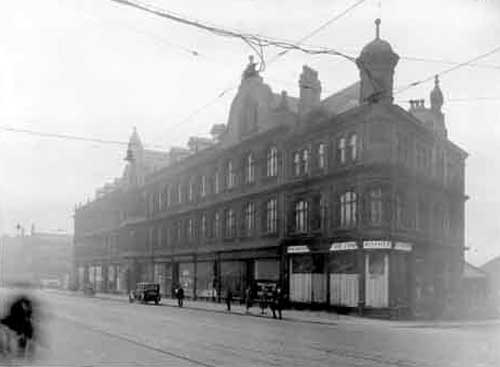 R Goodman & Sons on North Street Leeds 1930