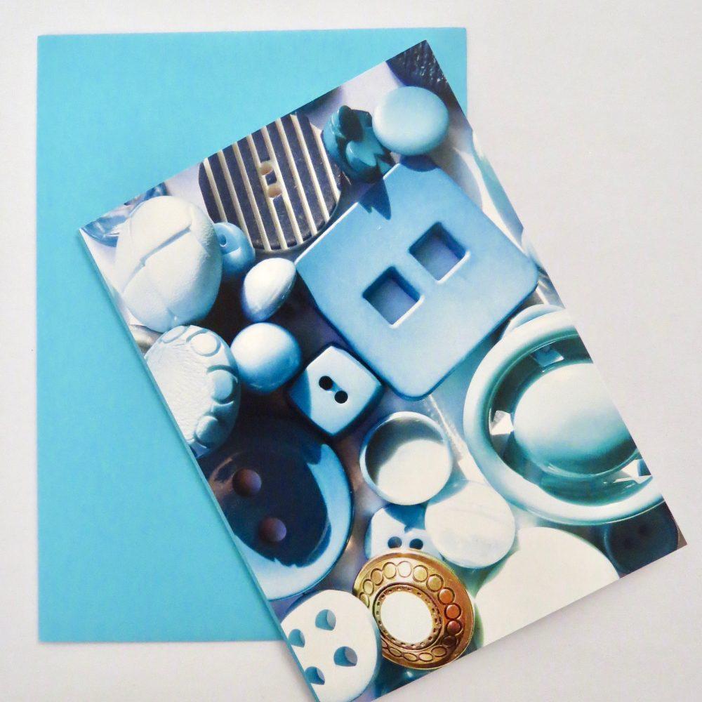 DuttonsforButtons_PaleBlue_Button_Card