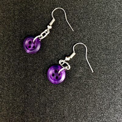 Purple Button Earrings_©DuttonsforButtons