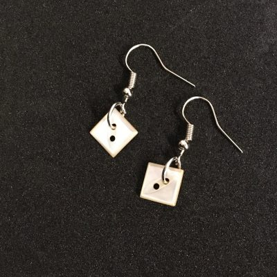 Small Square Mother of Pearl Buttons Earrings_©DuttonsforButtons